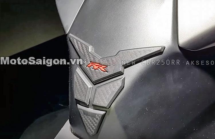 cbr250-2017-do-choi-phu-kien-danh-gia-thong-so-motosaigon-19
