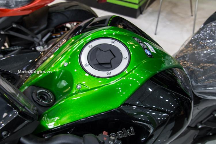 danh-gia-xe-z1000-2017-hinh-anh-thong-so-motosaigon-12