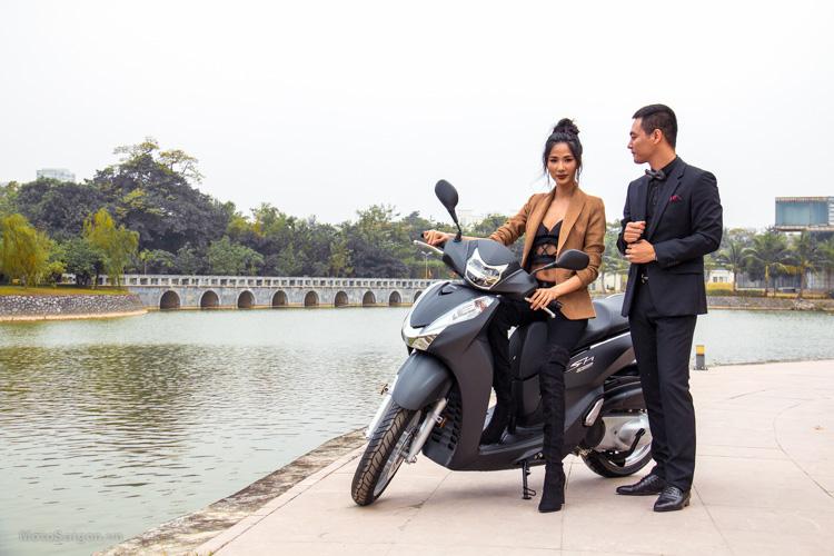 hinh-anh-sh300i-2016-gia-ban-phan-anh-hoang-thuy-motosaigon-4