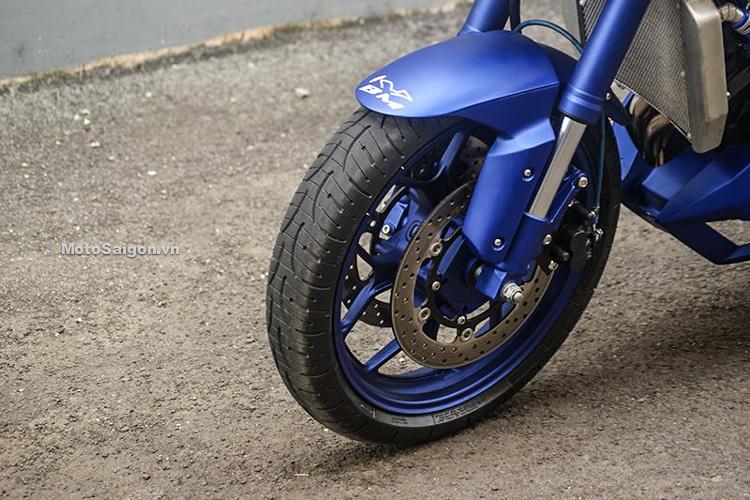Ngắm Yamaha MT-03 độ đầu đèn & bánh lớn cực chất của biker nước ngoài-10
