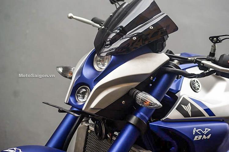 Ngắm Yamaha MT-03 độ đầu đèn & bánh lớn cực chất của biker nước ngoài-11