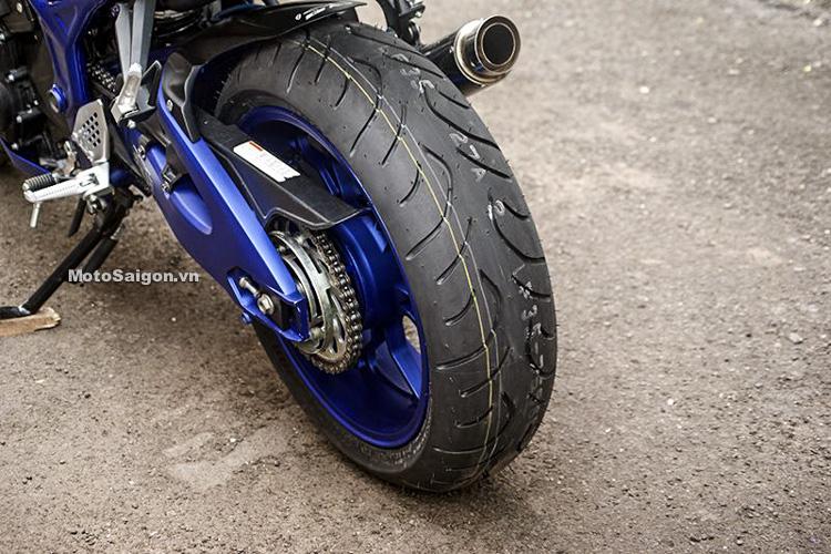 Ngắm Yamaha MT-03 độ đầu đèn & bánh lớn cực chất của biker nước ngoài-8