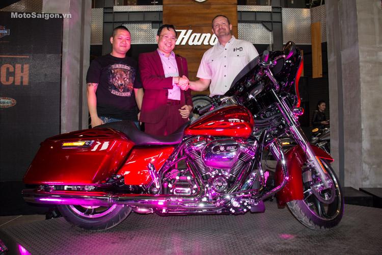 danh-gia-xe-harley-davidson-street-gilde-2017-motosaigon-17