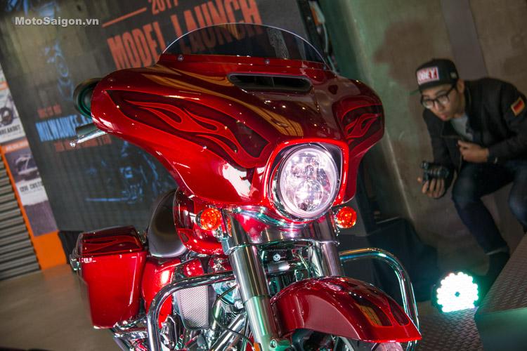 danh-gia-xe-harley-davidson-street-gilde-2017-motosaigon-28