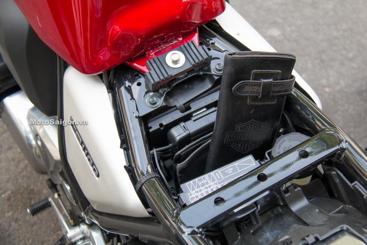danh-gia-xe-cb1100-ex-rs-2017-hinh-anh-motosaigon-15