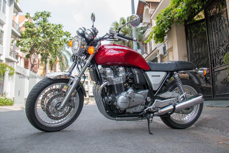 Đánh giá nhanh Honda CB1100 EX 2017 đầu tiên Sài Gòn