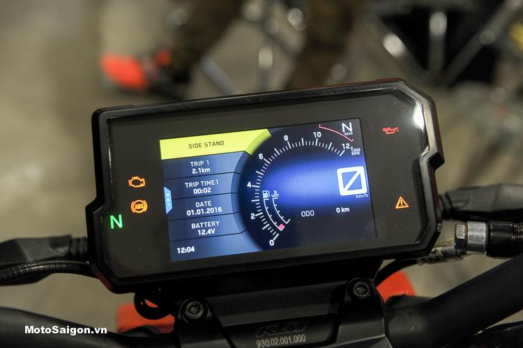Đồng hồ Full LCD của KTM 390 Duke 2018